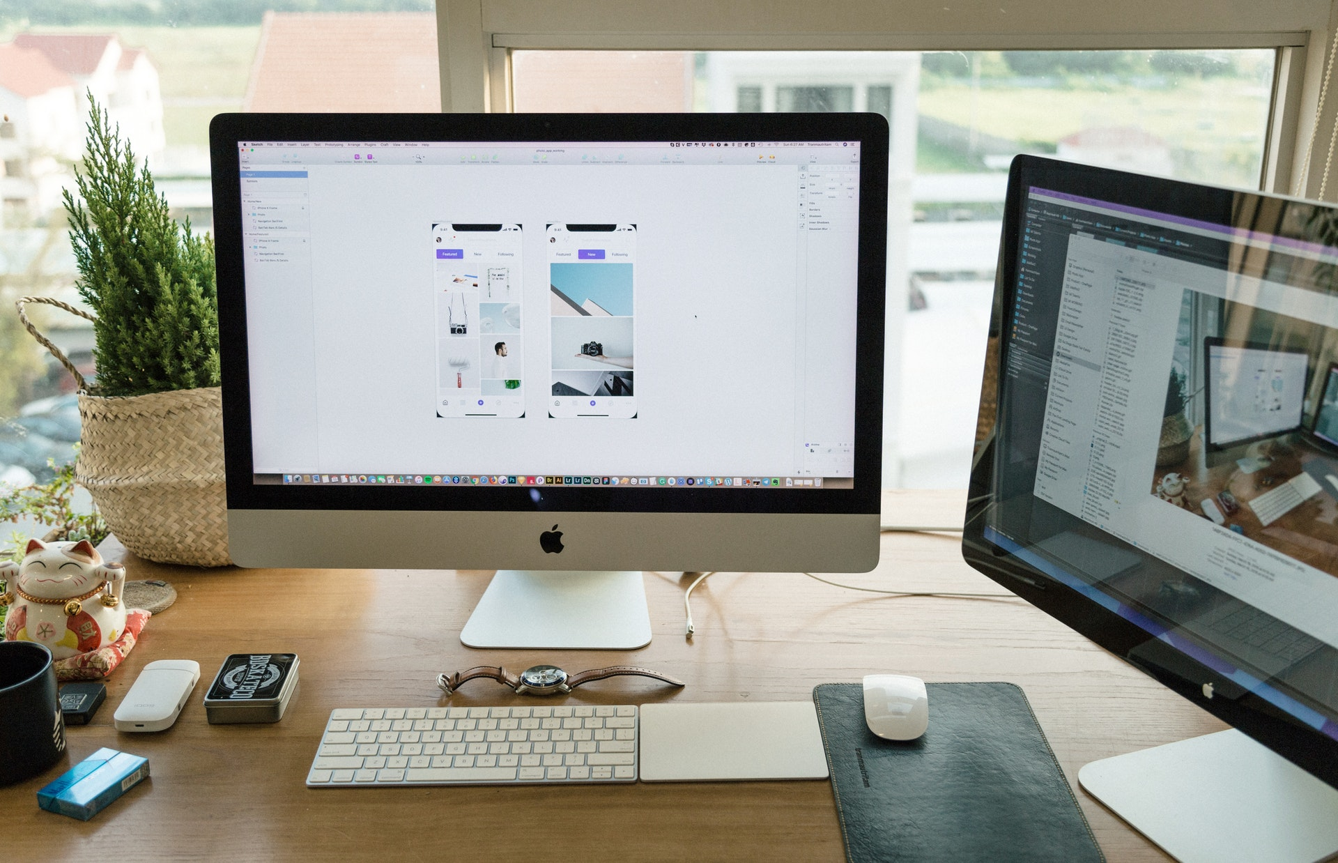 Hey, I'm Freelance Graphic Designer Extraordinaire Max Komazi